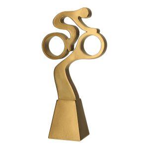 Złota statuetka RP5019-23/G - figurka z kolarzem